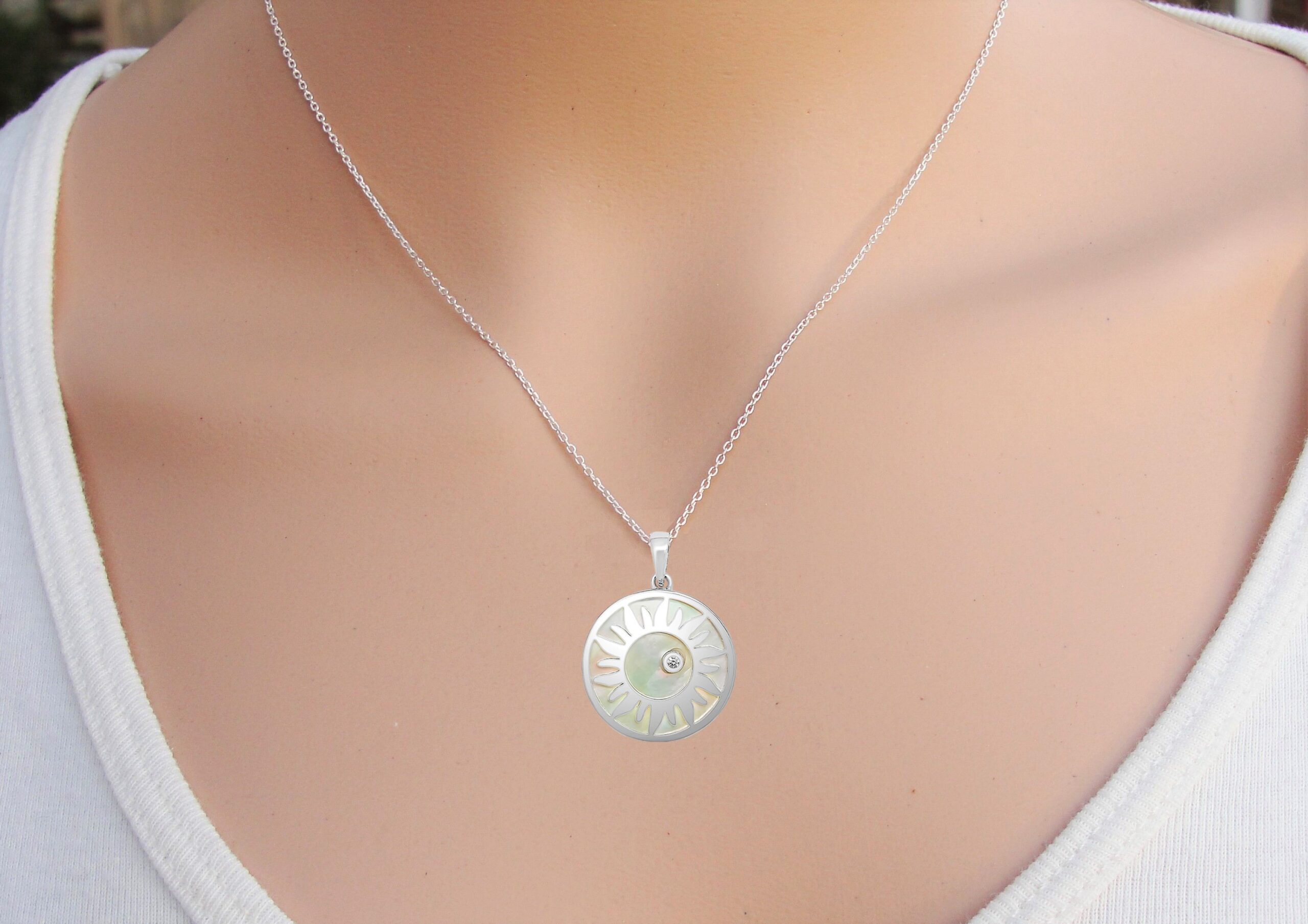 Zon Mother of Pearl scaled